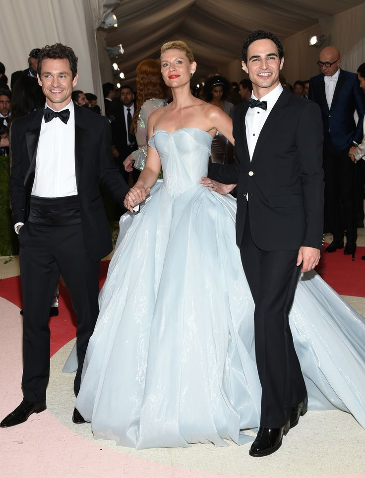 """Hugh Dancy, from left, Claire Danes and Zac Posen arrive at The Metropolitan Museum of Art Costume Institute Benefit Gala, celebrating the opening of """"Manus x Machina: Fashion in an Age of Technology"""" on Monday, May 2, 2016, in New York. (Photo by Evan Agostini/Invision/AP)"""