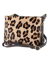 Kleine Handtasche im Leopardenmuster. #madeleinefashion
