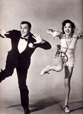 """Gene Kelly & Debbie Reynolds in """"Singing in the Rain"""". I love this movie!"""