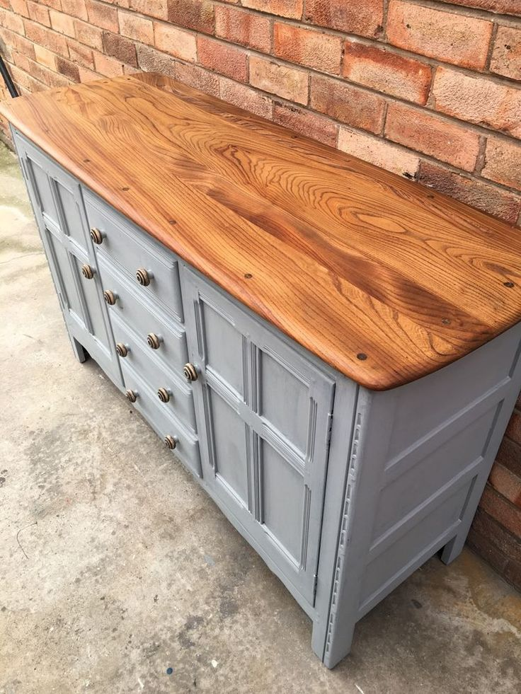 Ercol Sideboard / Dresser Base, 4 Drawers With Stunning Elm Top in Paris Grey