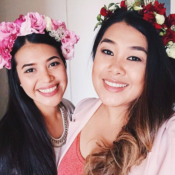 Tasia and I are sisters not twins but we often find ourself saying the same sentences at the same time . | @littletwigflowers | made us our gorgeous  flower crowns  #throwback #sisters #flowercrowns #tasiaandgracia #melbourne #readyfortheraces #spendwaytoomuchtimewithher by gracia.seger