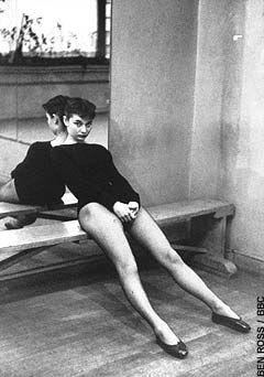 Audrey Hepburn, age 23 in ballet class. More pics of Audrey as a ballerina on Diablo Ballet's Facebook: http://www.facebook.com/media/set/?set=a.374939059221683.83738.181826105199647=3#!/pages/Diablo-Ballet/181826105199647