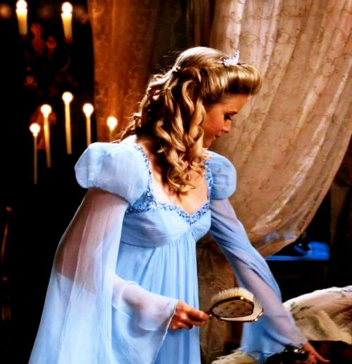 Cinderella in Once Upon a Time. Can I please have this dress?!
