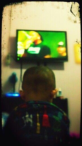 d-boy watching Derrick Green