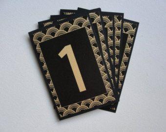 Tableau des signes numériques / « Déco Scallop » / mariage / Art Nouveau - Art déco / Great Gatsby années 1920 / Pattern de pétoncles / papier signe / or & noir