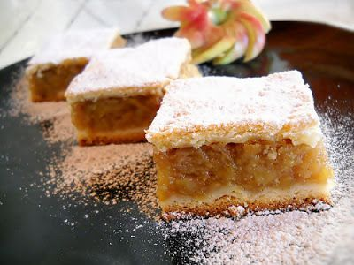 Receptek, és hasznos cikkek oldala: Rendkívül finom almás pite! Imádom, számomra megunhatatlan!