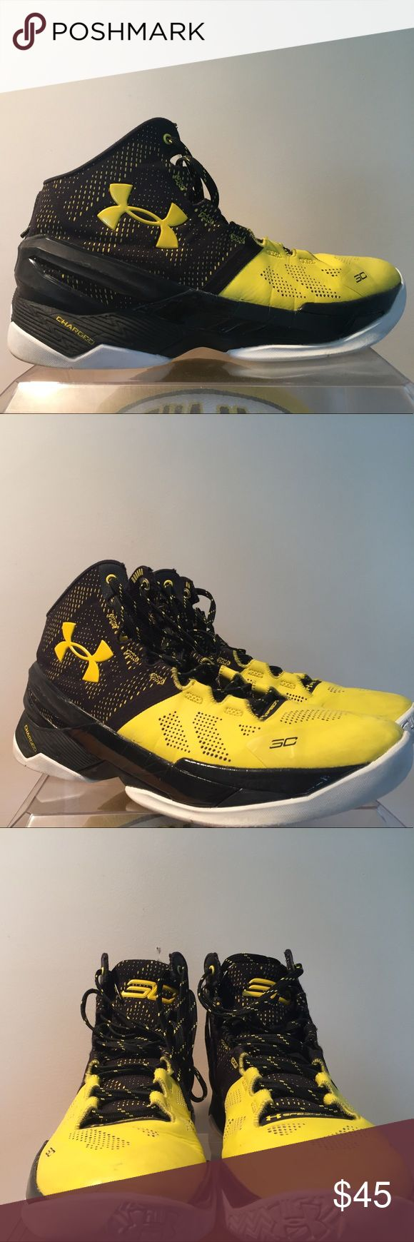 Stephen Curry 2s Black/Yellow Under Armour Good condition! Only noticeable flaw is some paint chipping on the under armor sign on left shoe. Not Jordan but listing as so for exposure. Jordan Shoes Athletic Shoes