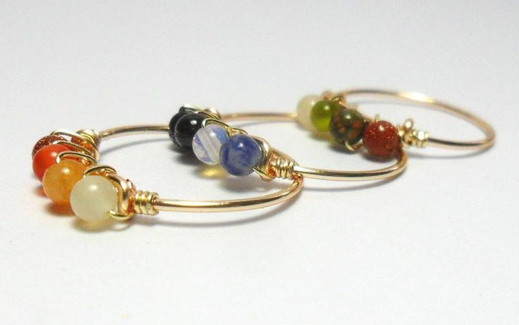 ANILLO DE PIEDRAS, anillo minimalista con gemas semipreciosas, gemas distintas cuarzo, opalo, unikita, granate, citrino, fluorita, sodalita de BetzalelDesigns en Etsy