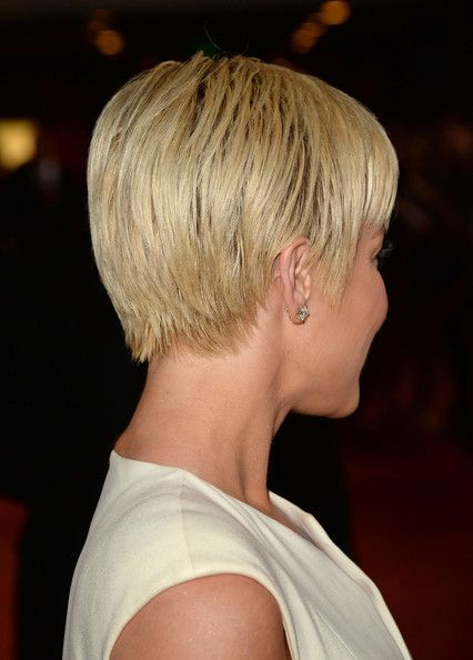 kellie pickler Short Hair | Singer Kellie Pickler attends the 20th Annual Race To Erase MS Gala ...