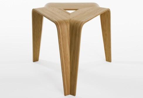 mesa de canto em bambú laminado                              …