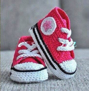 Knitted converse..