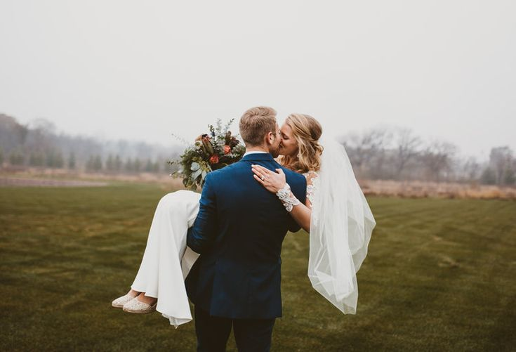 Wedding photographer By The Free. Mishawaka, South Bend, Granger, Indiana. Redding, ca. Portrait Senior Engagement photography. bride. bridal party photos. bride and groom.
