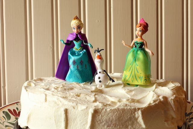 Frozen Party Menu and Cake - Ready to let it go? How about a Frozen screening party complete with a family-friendly menu and a Frozen cake? This party menu works for birthdays and other celebrations as well.