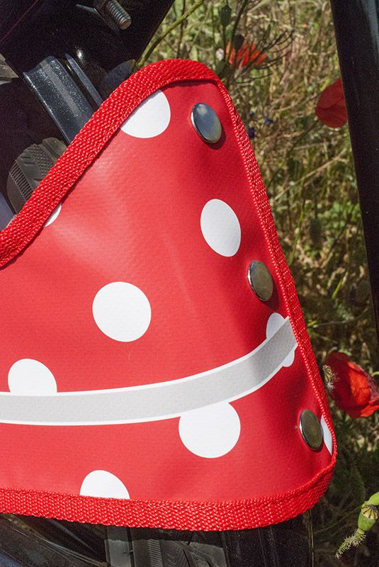 Millflorell Poppy Field skirt and coat guard