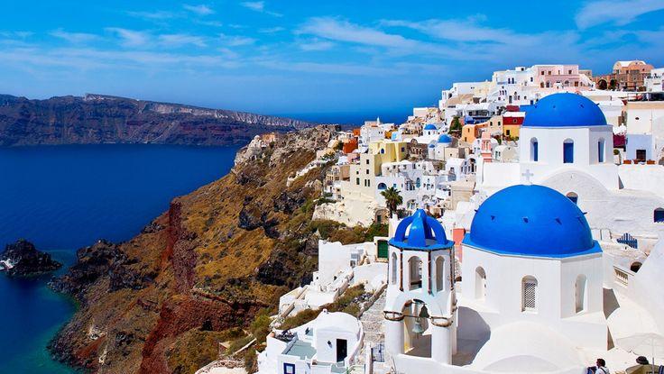 Daca n-ai vizitat pâna acum Grecia, ai avut de pierdut. Nu numai ca Grecia este prima optiune de vacanta a familiilor cu copii, însa este este o tara fabuloasa, în ciuda dificultatilor financiare cu care se confrunta.