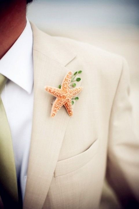 A beachy groom look   via http://happywedd.com