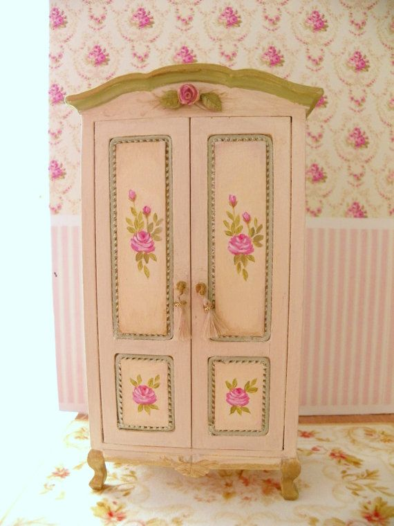 1/12 scale dollhouse cabinet by Mondinadollhouse on Etsy, €30.00