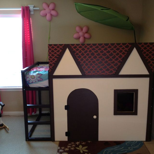 This is a Kura bed from Ikea, Eric made the house facade and screwed it on to the frame. The door has hinges and it opens! Bella LOVES it.Kura Loft, The Doors, Adorable House, Apartments Therapy, Kids Room, Kura Bed, Loft Beds, Ikea Kura, House Facades