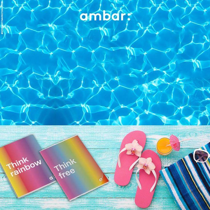Que tal agarrar nos cadernos e estudar à beira da piscina? ;)