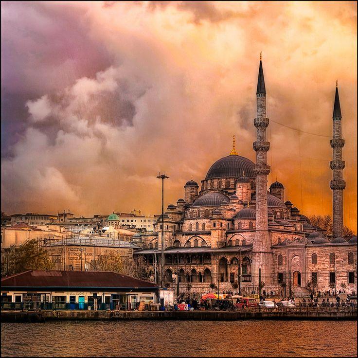 Üsküdar,  Mihrimah sultan mosque Mimar Sinan