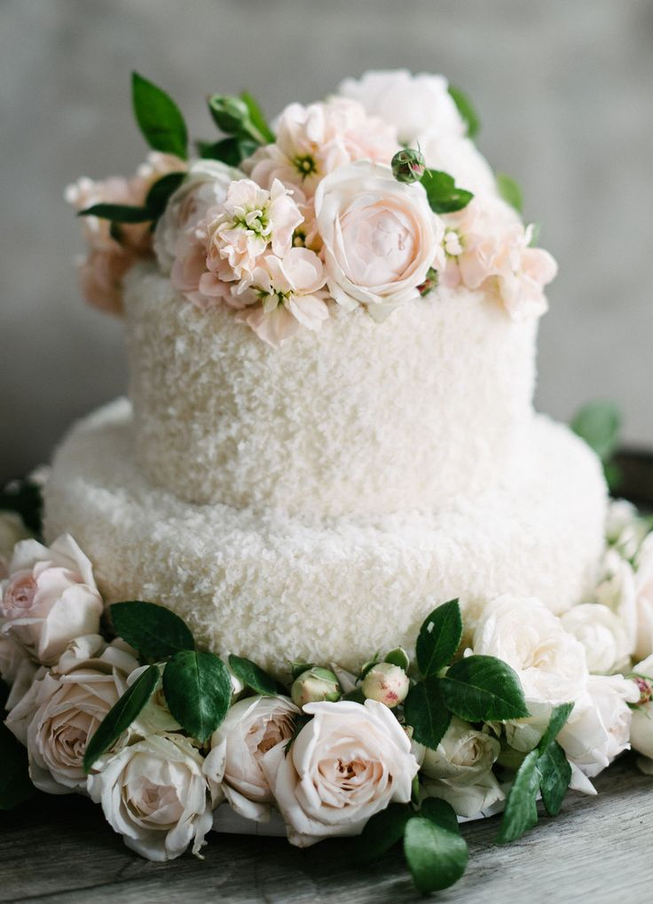 Melanie Duerkopp Photography | Flowers: Lexie Brooks | Catering: Jessica Lasky Catering