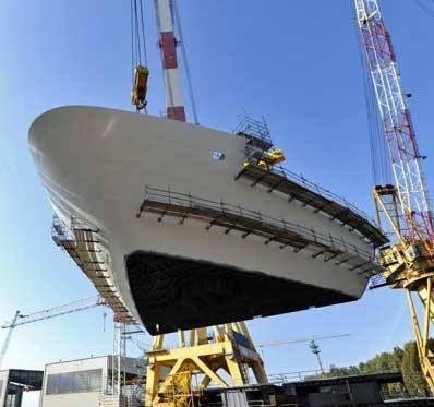 Au début du mois, les chantiers navals Fincantieri ont installé le bloc de proue du futur navire amiral de Costa Croisières, le Costa Diadema, dont la livraison est prévue pour le 30 octobre 2014.