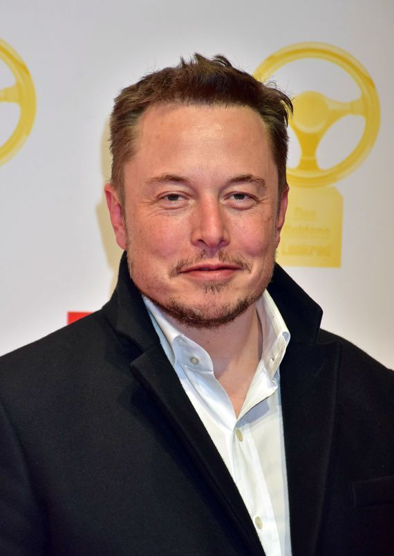 Elon Musk tweets (then deletes) opposition to Trump's travel ban     - CNET Technically Incorrect offers a slightly twisted take on the tech thats taken over our lives.  Enlarge Image  Second thoughts?                                                      Tristar Media WireImage                                                  Senior business figures seem unsure how to react to the president and specifically his order temporarily suspending immigration from seven Muslim-majority countries…