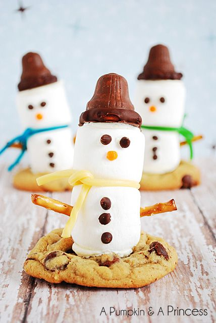 Stack up on these easy marshmallow snowman cookie toppers. Take holiday cookies to the next level and have fun getting creative and festive with this recipe.
