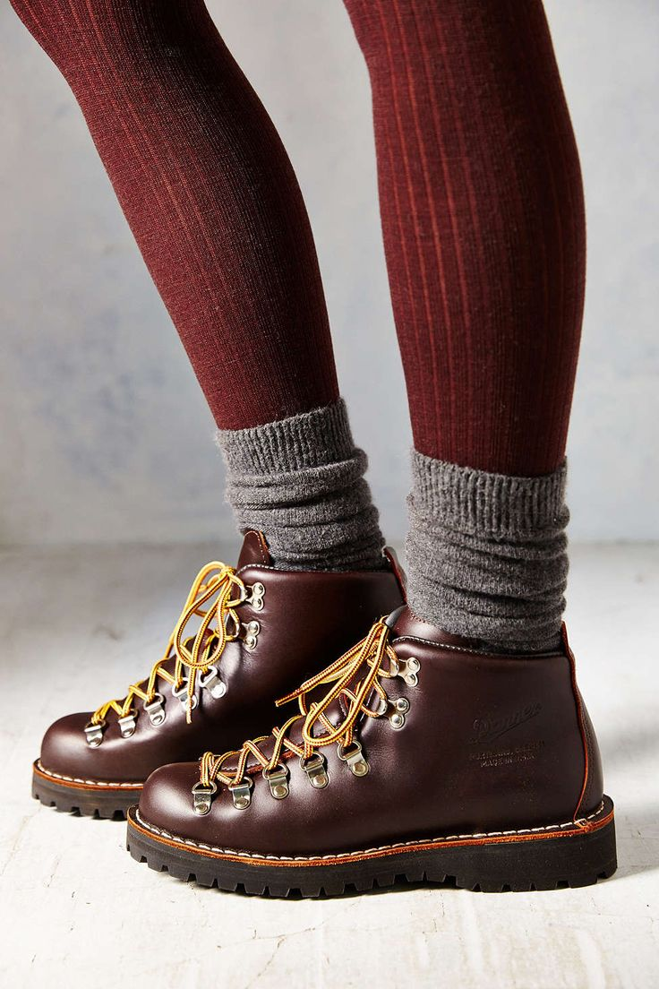 I've been looking for old skool hikers forEVER! Why do I love the things that blow up on UO in 2 years?!? Danner Mountain Light Hiker Boot - Urban Outfitters