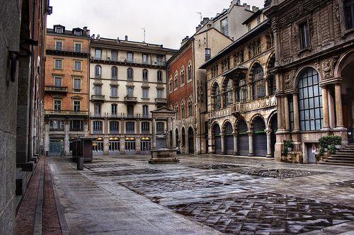 Piazza dei Mercanti, Milano