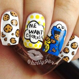 Absolutely amazing ... Cookie Monster nail art :)) x