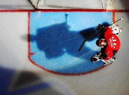 Braden Holtby... game 7! #NHL #Hockey #CAPS #Capitals #RocktheREDWasington Capitals, Hockey Cap, Head Of Garlic, Cap Capitals, Capitals Rockther, C A P Cap