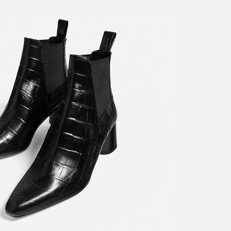 Image 4 of EMBOSSED LEATHER HIGH HEEL ANKLE BOOTS from Zara