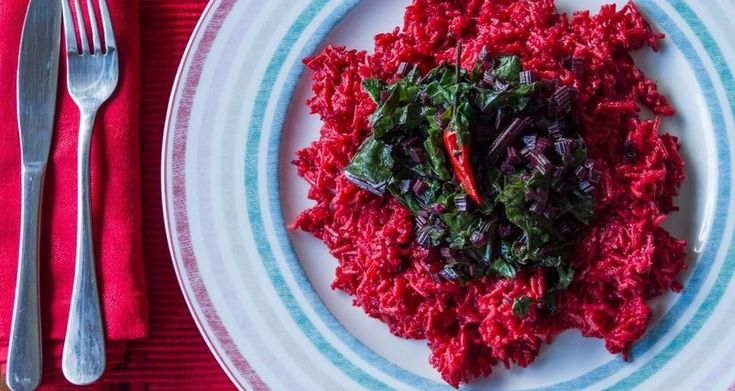 Πικάντικο ρύζι παντζαριού