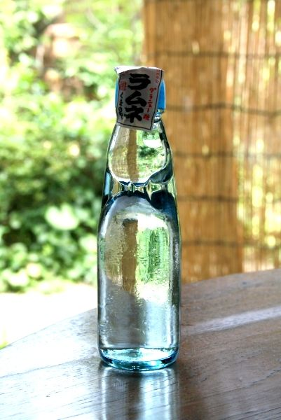 日本の夏 ラムネ*Ramune (soda pop)