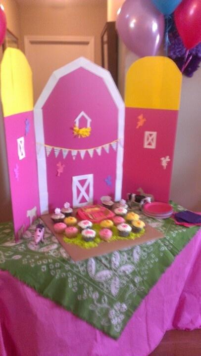 Farm Theme Birthday Party For A Girl
