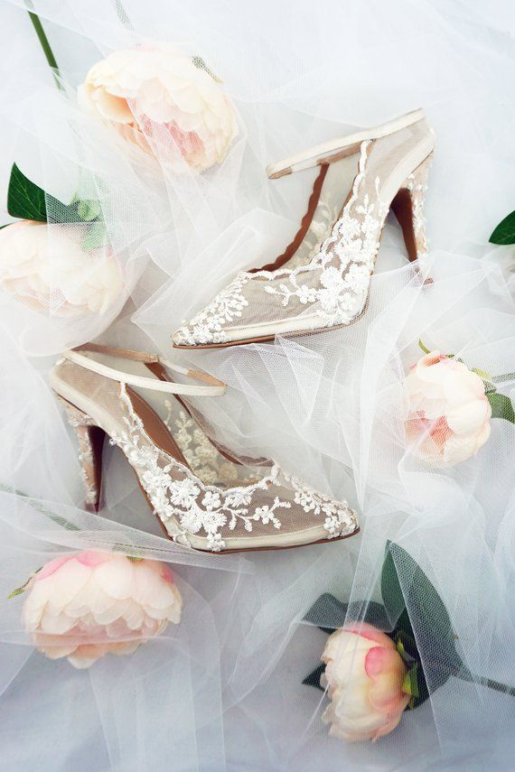 ae4d35ba5 Ivory White embroidered Lace Heels - Comfortable Wedding   Bridal Shoes - Custom  Available