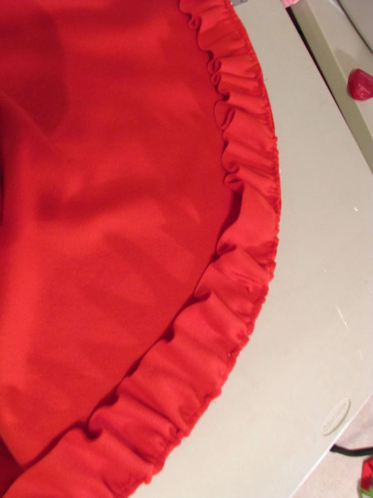 I decided to make the girls little red riding hood capes for Halloween this year since I had some fleece on hand that I'd purchased a while...