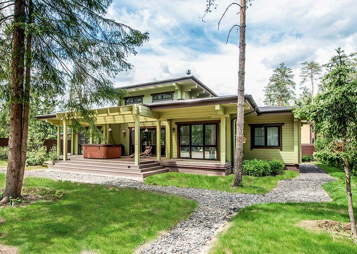 Деревянный дом в окружении природного ландшафта | Дома из клееного бруса | Журнал «Деревянные дома»