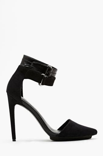 Nasty Gal again - love the D'Orsay style toe.  Shoe Cult Faye Platform Pump - Black