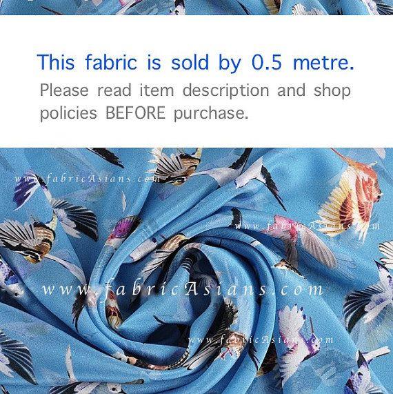 Tessuto di colibrì. Uccello blu tessuto di seta SSD101416