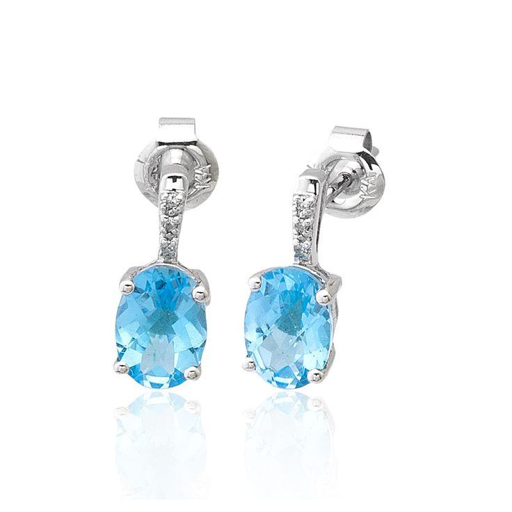 """Sevdiğinize alacağınız Swiss Blue Pırlanta Küpe ile sevgilinizin kalbini bir kez daha kazanın.  """"Garanti Sertifikası"""" ve """"Şık Kutusu"""" ile gönderilecektir. Ürünlerimizin tamamı el işçiliği ile üretilmiş olup altın ve değerli taşlarda ± %3 sapma oluşabilmektedir."""