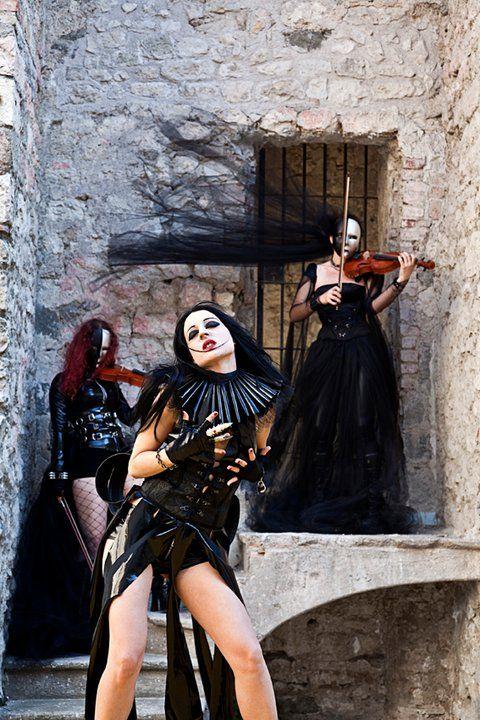 Sonya Scarlet -Theatres Des Vampires Moonlight Waltz - Carmilla   costumes by Diktator Fashion Lab