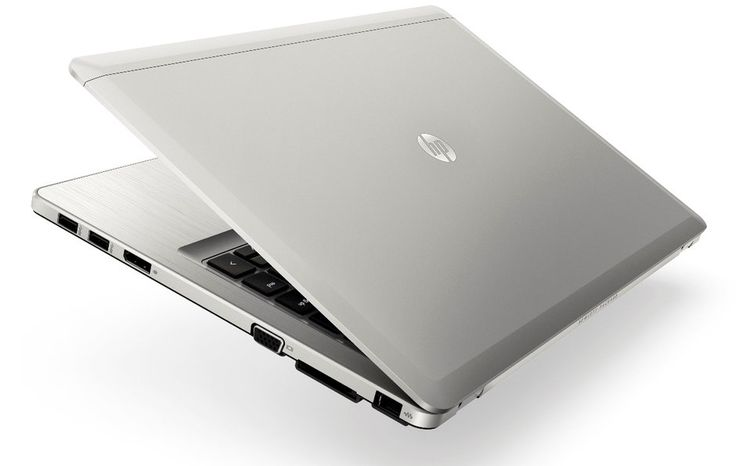 Procesor: Intel Core i7 Date procesor: CPU 3687U, 2.10 GHz Memorie RAM: 4 GB DDR3, 1333 MHz Unitate de stocare: 256 GB SSD Placa video: Intel GMA HD 4000
