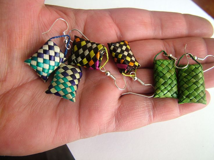 Kete (basket) Harakeke (flax) colourful earrings.