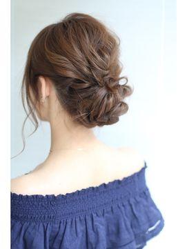 ふんわりアレンジアップ - 24時間いつでもWEB予約OK!ヘアスタイル10万点以上掲載!お気に入りの髪型、人気のヘアスタイルを探すならKirei Style[キレイスタイル]で。