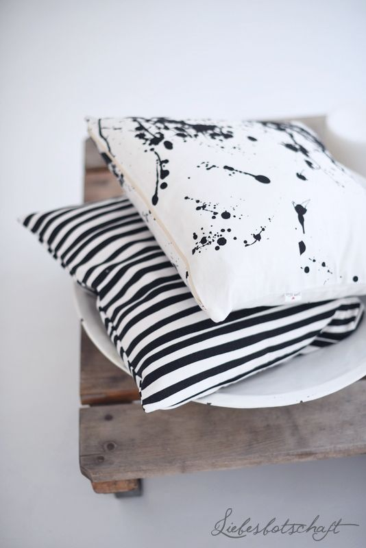 Decor inspiration! That black splatter pillow just got bumped to the top of my wish list..