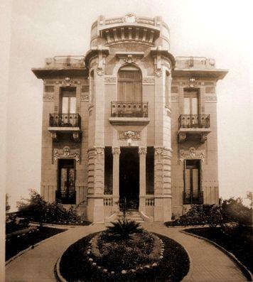 Antigua mansión en Rivadavia al 6000