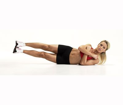 Core: Oblique V-Up http://www.rodalewellness.com/fitness/bodyweight-exercises/slide/25