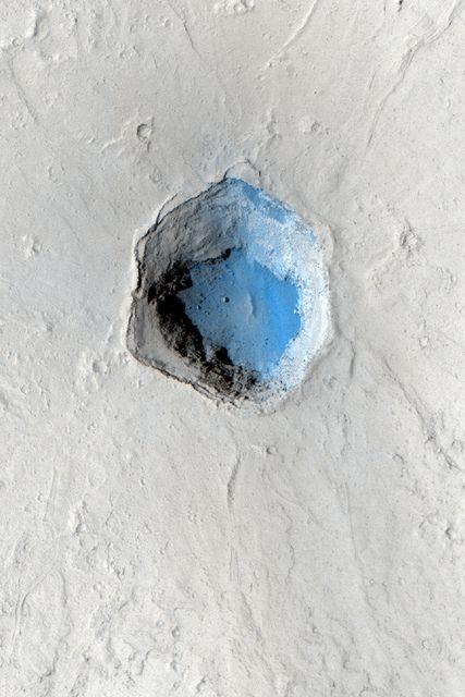 Mars crater